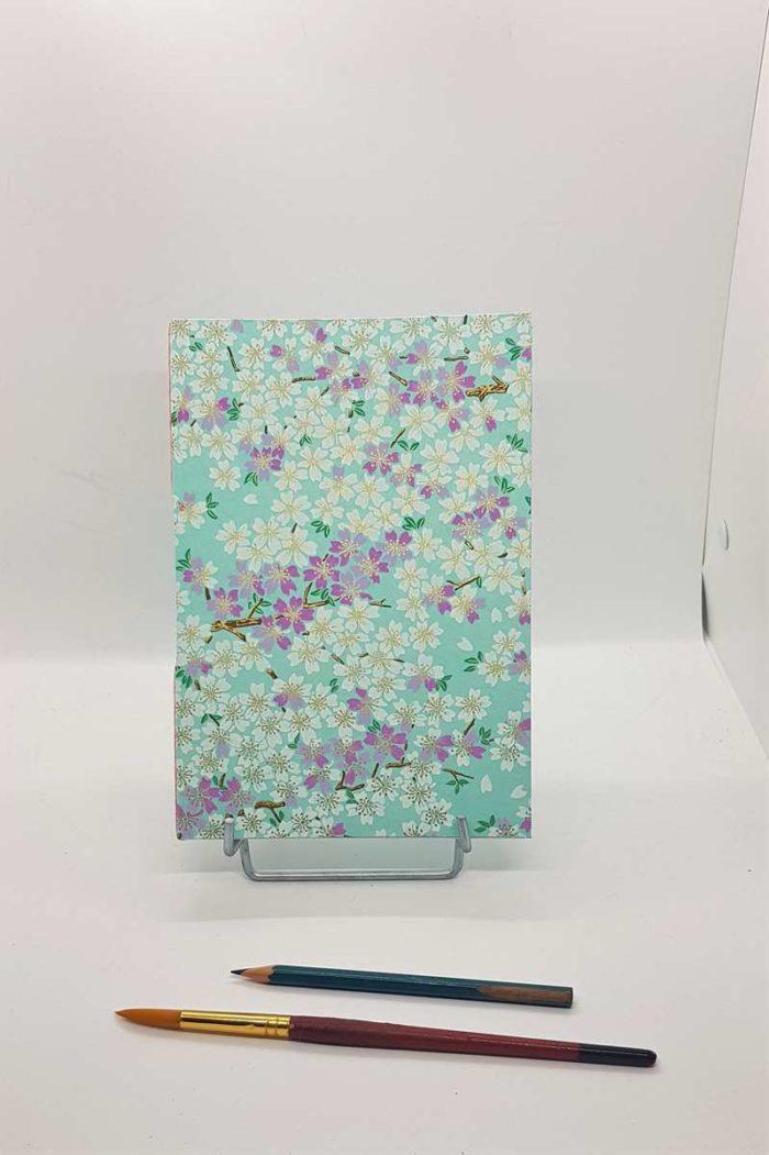 carnet dessin fleurs bleues